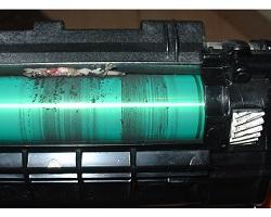 Návod na odstránenie tlače nežiadúcich krúžkových pruhov pri toneroch