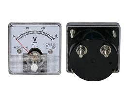 VOLTMETER - analogovy  30V
