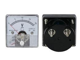 VOLTMETER - analogovy  20V